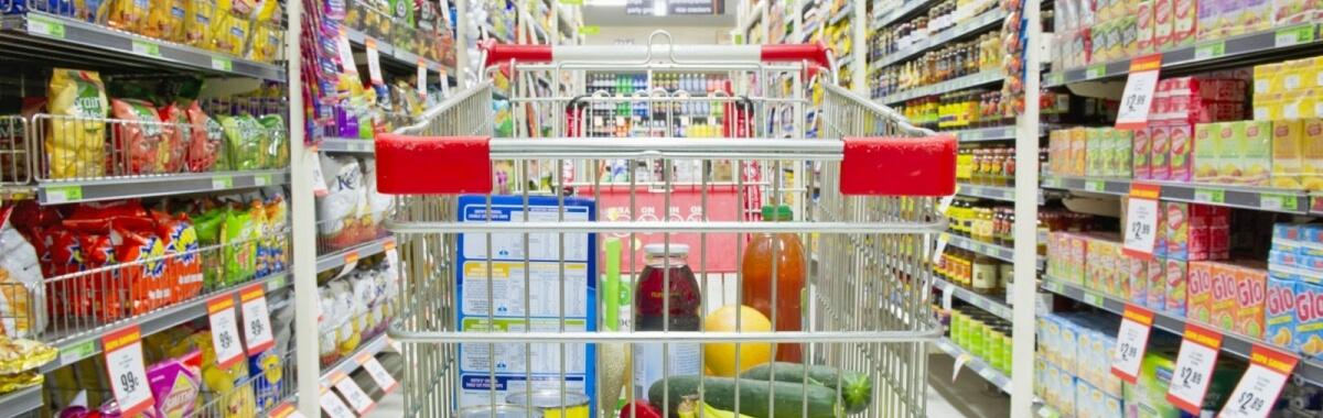 75% da população acha importante a abertura do comércio aos domingos, aponta pesquisa CNDL/SPC Brasil